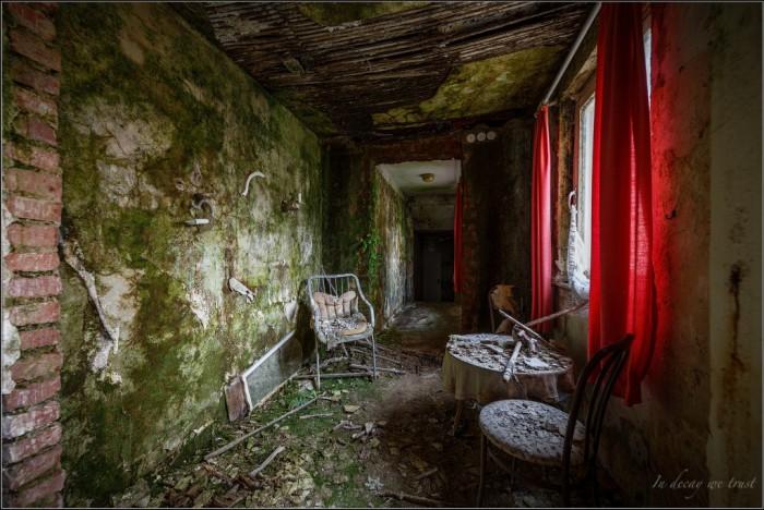 Hotel Bad Decay