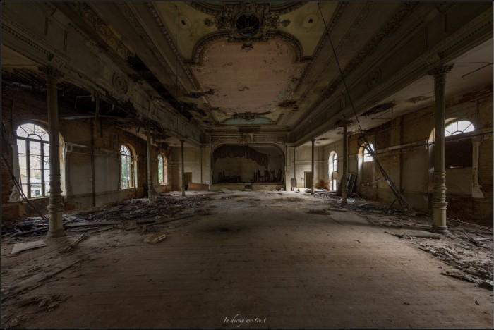 Ballsaal Schranke